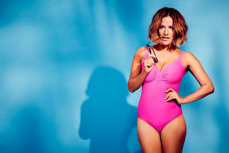 Caroline Flack shows off the beautiful and stylish Watergem swimsuit as part of the Speedo Sculpture range – find out more on our link (UK Only)