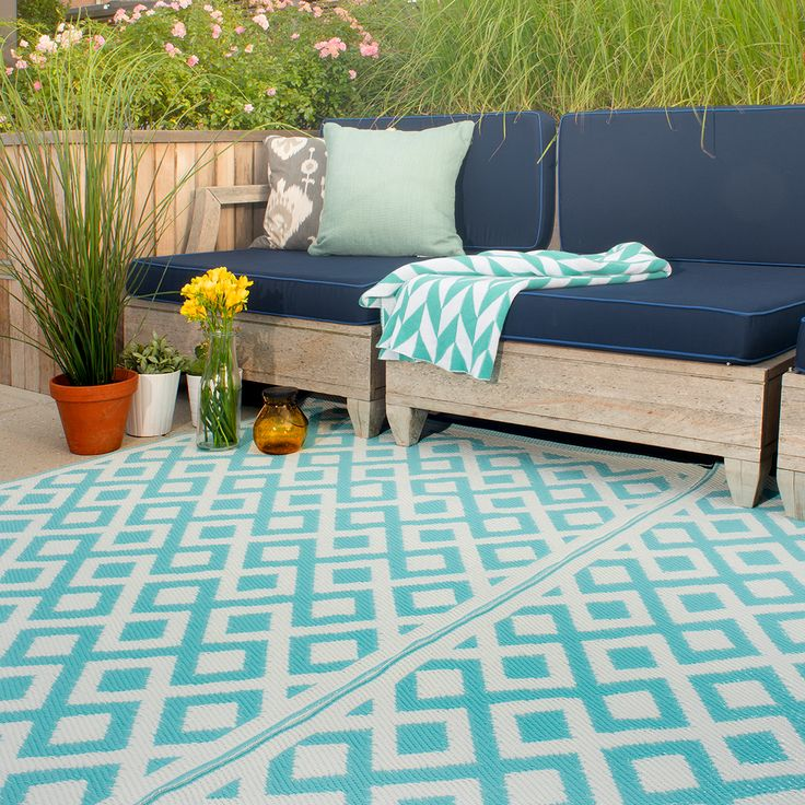 Marina Outdoor Rug In Eggshell Blue U0026 White. This Stylish Outdoor Rug In  Marina Design Is The Perfect Way To Give Your Garden A Fresh New Look!