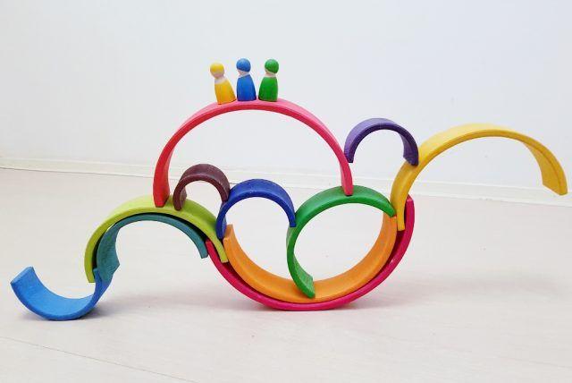 Balans; 1 van de meer dan 50 voorbeelden met de Grimm's regenboog #grimmsrainbow - Mamaliefde.nl