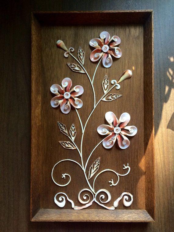 SeaShell Floral Sculpture Art in Wooden Box от BettysRetroRoom