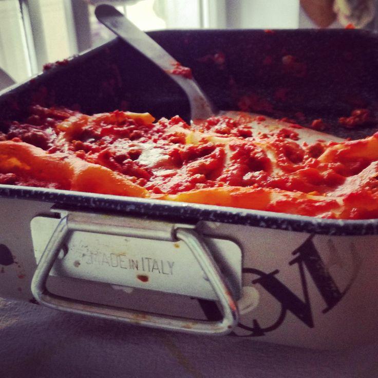 Carnevale is coming...   A carnevale ogni lasagna vale....   #pastagragnoro #pasta #carnevale #lasagna #primipiatti #madeinitaly #welovepasta  Seguici anche su facebook: www.facebook.com/gragnoro