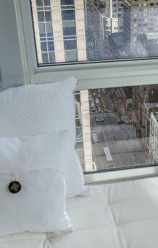Living room views from Midtown Jewel 34E, a luxury New York villa rental