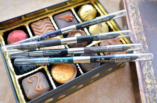 KireiKana: Набір олівців для очей Urban Decay Black magic 24/7 Glide-on double-ended eye pencil set