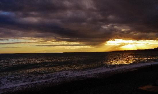 sunset from the promenade La baie des anges