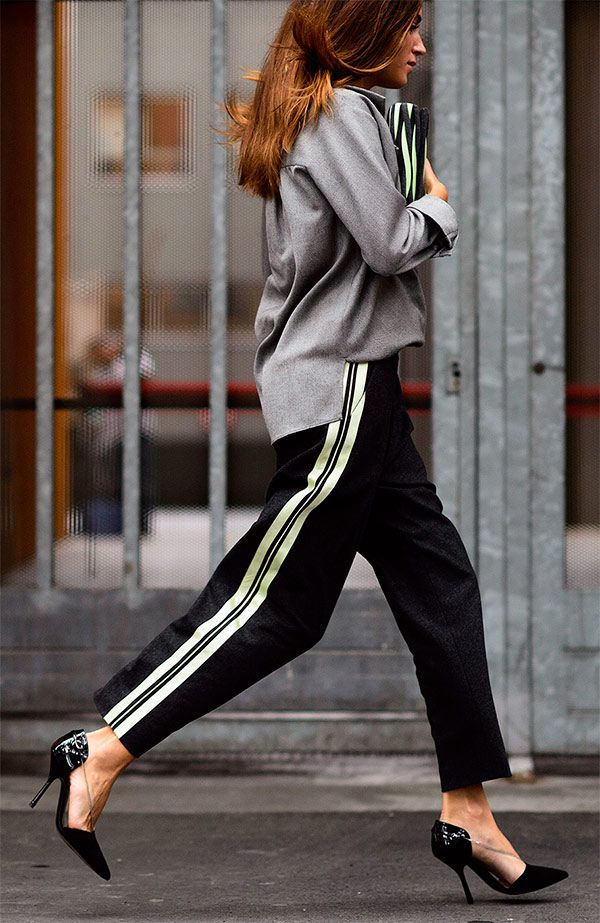 A moda do novo terninho agrega estilo com facilidade, mesmo a calça sendo social dá pra fazer diversas combinações mais descoladas e modernas.