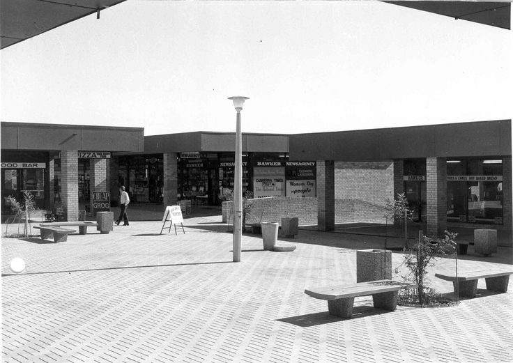 https://flic.kr/p/azmmjF | Hawker Shopping Centre - April 1978 (Hawker Place, Hawker) | From the folder: 2011/2230 - Land Development - Planning - National Capital Commission Commercial Centres A-K   Photo by H. Smith