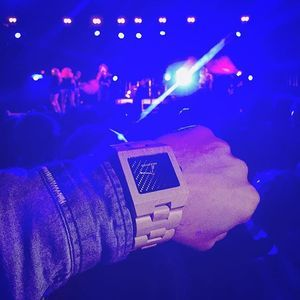 Do you know another wood watch that fits in at a night club as it does a garden party? http://goo.gl/JJgtSl