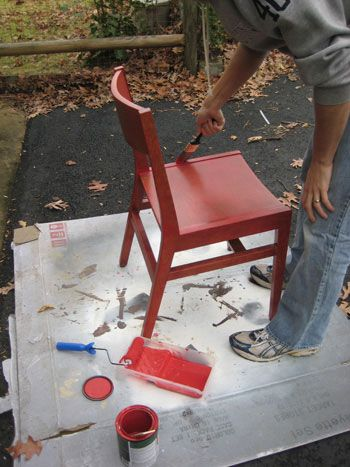 how to refresh old dining room chairs; will be good when i'm sure we'll be picking up old used ones for a new place.
