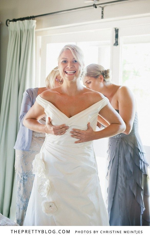 A sophistocated choice for Nikki's right hand girl (grey layered bridesmaids dress). Bride&co has 10 bridesmaids styles in 20 colour variations. Click to view Andy & Nikki's Cheerful Celebration | Real weddings | Featured on The Pretty Blog