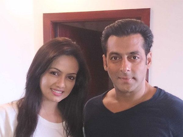 Sana Khan, who considers Salman Khan as her mentor after 'Bigg Boss 6,' is is still waiting for his reaction on 'Wajah Tum Ho' trailer.
