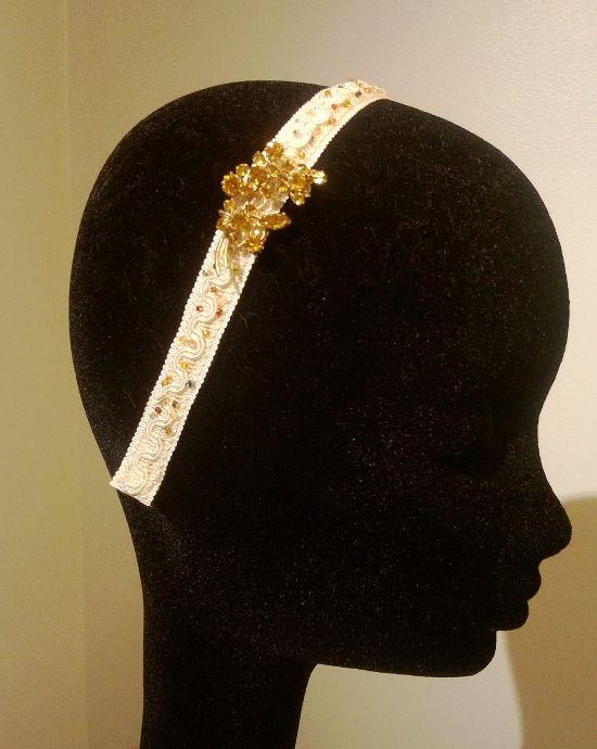 av Annina vintage jewelry and tulle www.avannina.fi #avannina #vintage #tiara