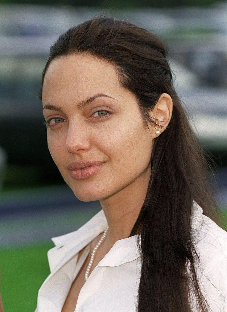 Angelina Jolie ungeschminkt - auch schön