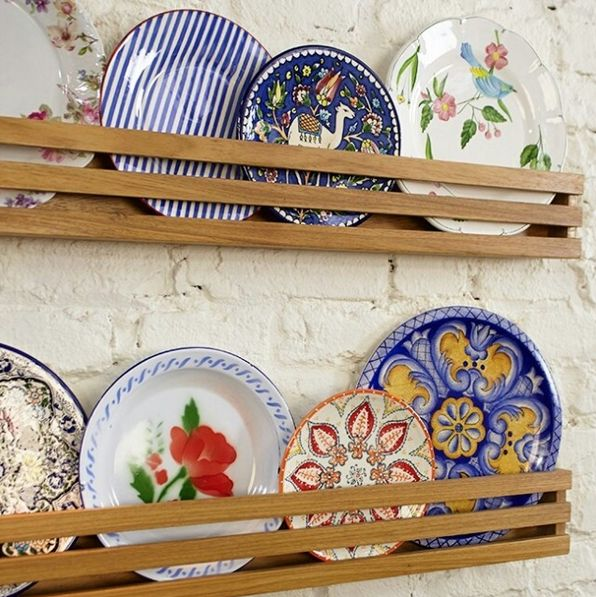 De CaSa blog   Interiores   Decorando a parede com pratos