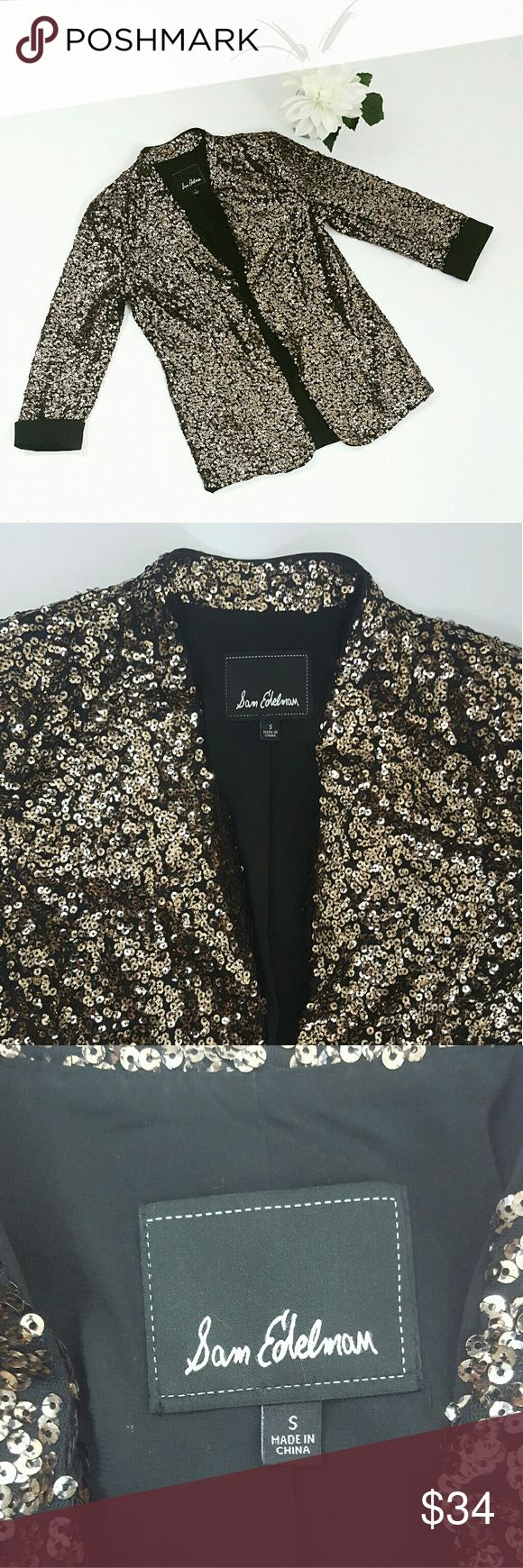Sam Edelman Gold Sequin Open Front Blazer Sz S EUC! Perfect piece to jazz up your outfit. Gold sequin throughout and cuffed sleeves. Sam Edelman Jackets & Coats Blazers