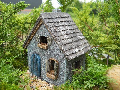 Planning Out a Fairy Garden – Stone Houses