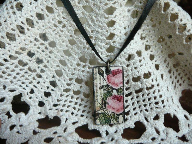 vintage roses necklace