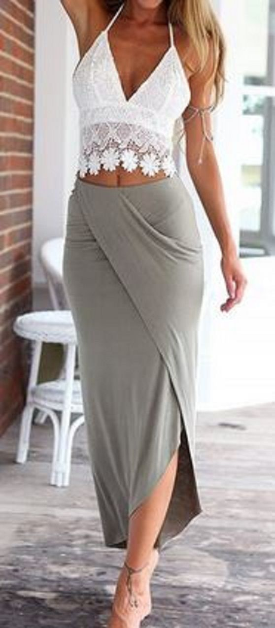 Soft Comfy Skirt + White Floral Lace Halter Top #Chic #Comfy