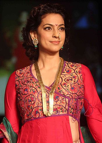 Juhi Chawla raised the glamour a notch higher on ramp!