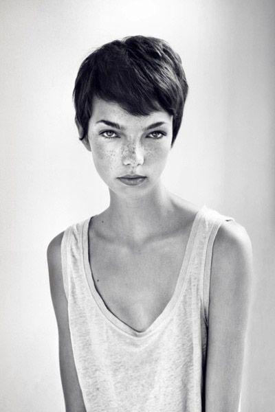 so striking - makes me sort of want to cut my hair short again