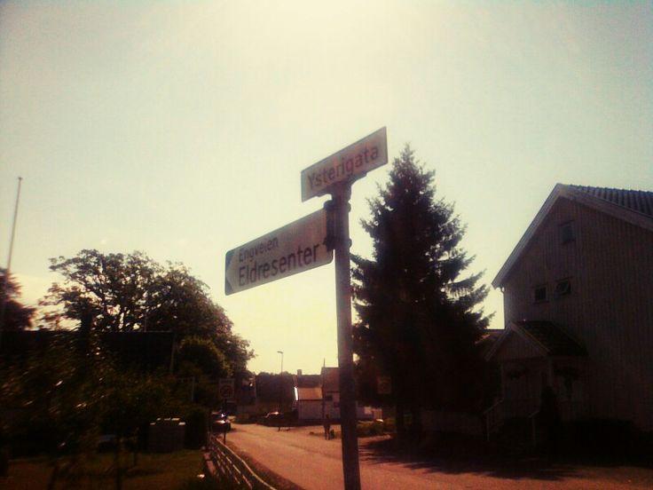 #norway #cross #road #street Choose your own way