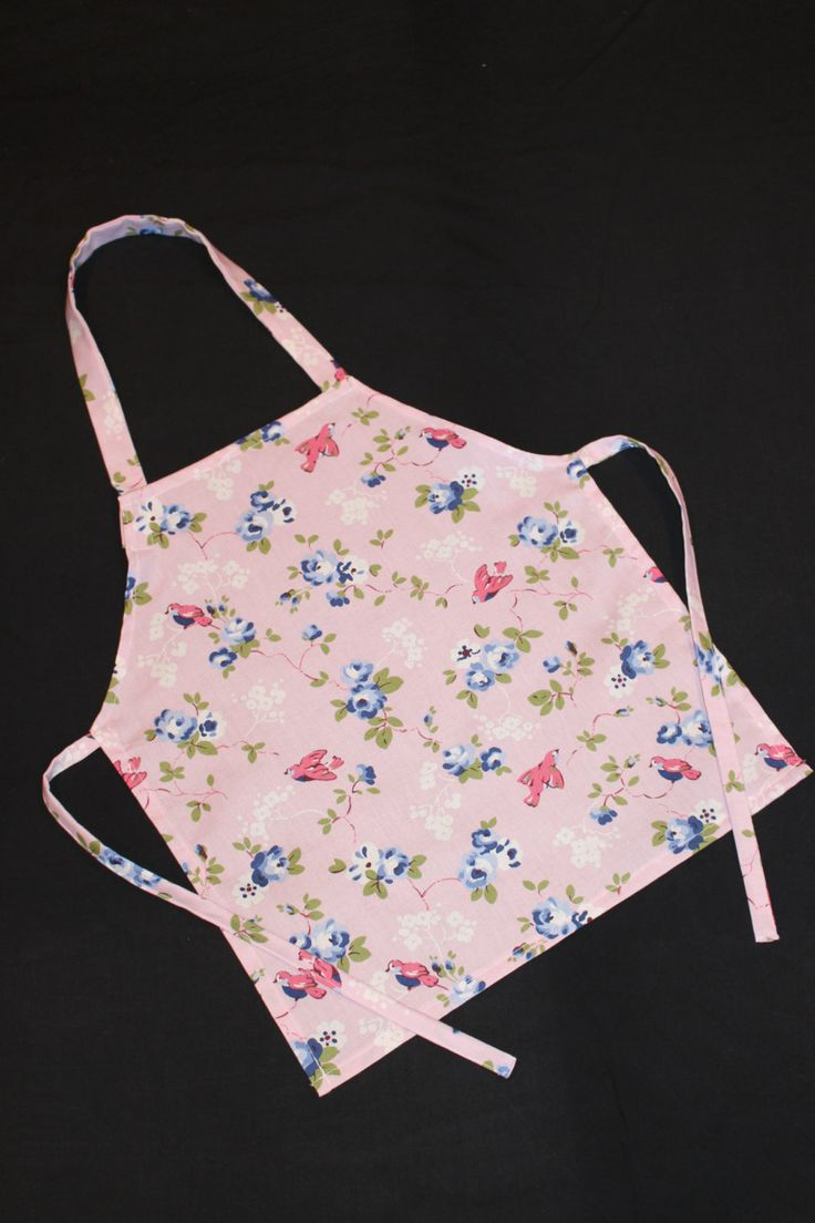 Childrens floral Apron, Girls apron by NessasCreationsAus on Etsy