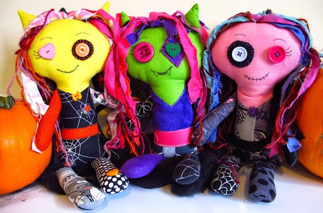 A tutorial for these cute monster dolls on my blog!