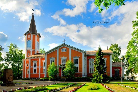 Suonenjoen kirkko 569x433