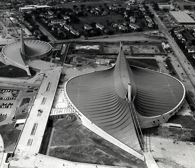Yoyogi National Gymnasium, Tokio 1964 by Kenzo Tange