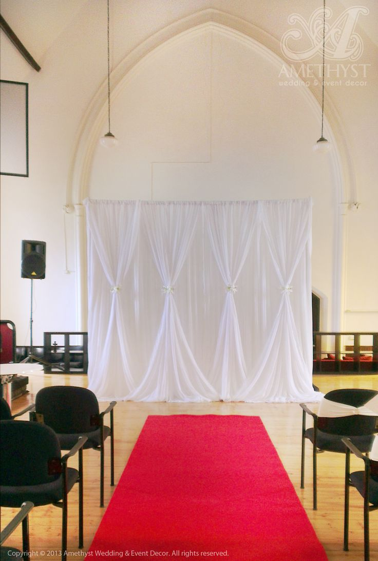 Best 25 red carpet backdrop ideas on pinterest red for Backdrop decoration for church
