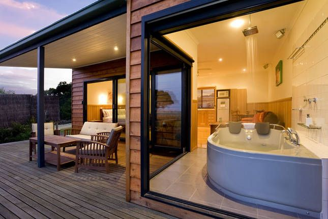 Coastal View Cabins - Luxury Spa Cabin | Wilsons Promontory, VIC | Accommodation