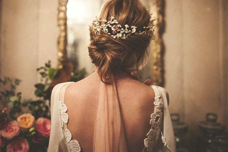 Peinado para e día de tu boda. Inspírate más en http://bodatotal.com/