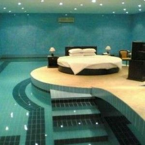 1000 images about cool bedrooms on pinterest mansions for Swimming pool room decor