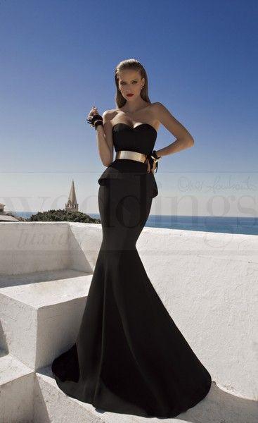 Per una serata speciale a due sensualità e femminilità allo stato puro. Stregata dalla Luna, la nuova collezione di abiti da sera di Galia Lahav Shalimar Black. Model n. 1459