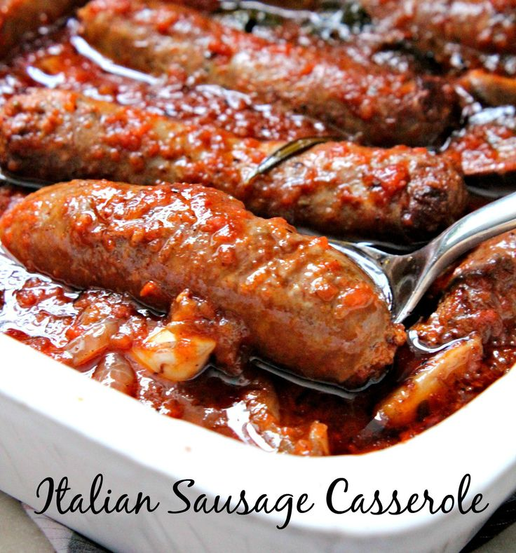 This Italian Sausage Casserole is delicious and loaded with flavors from meat, herbs and vegetables! A healthy and yummy option for those in a gluten-free and low-carb diet, too!
