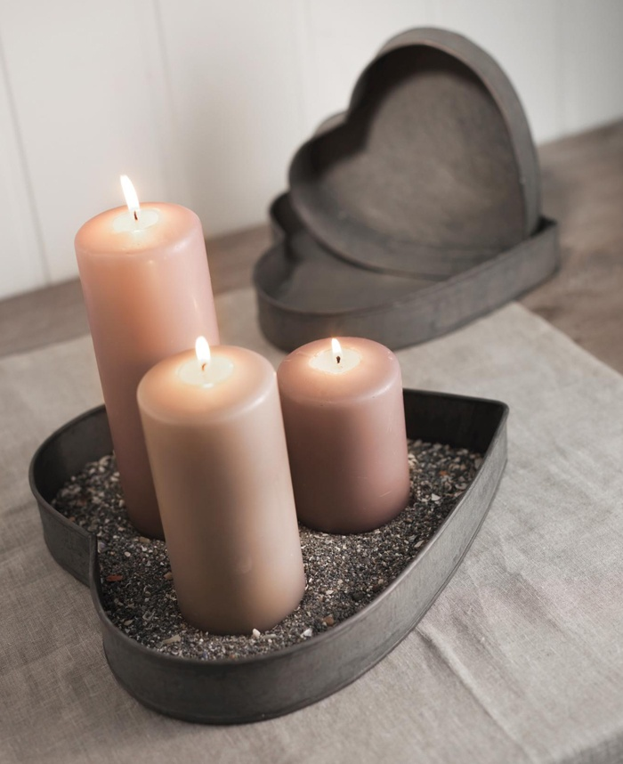 DIY...Cake Pan Candle Holders, Great For Valentines Day
