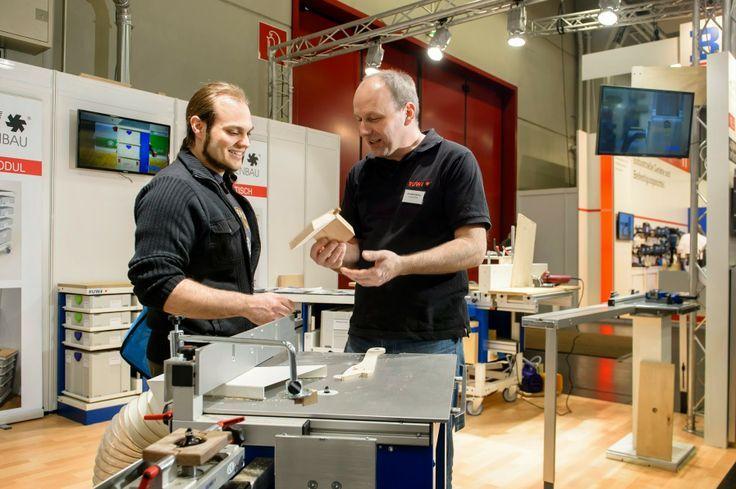 #Kundenberatung bei der Holz-Handwerk in Nürnberg  #holzhandwerk #Kundenberatun…