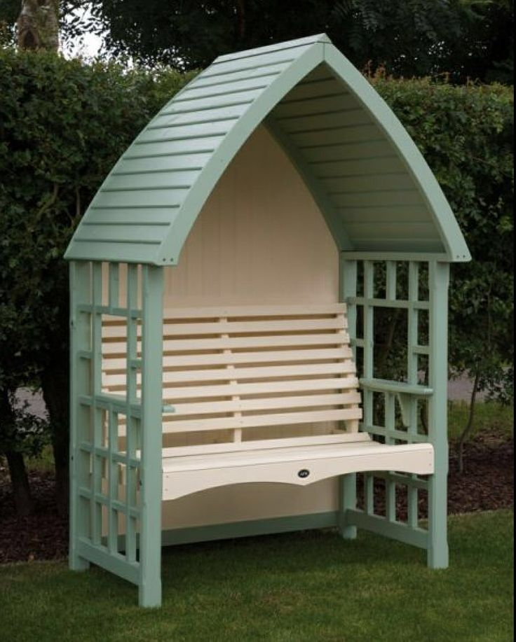 Green and cream arbour....love it
