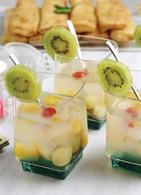 Femina.co.id: Kalori dalam es kurma, es cincau, teh dalam kemasan, es teler, dan minuman soda.