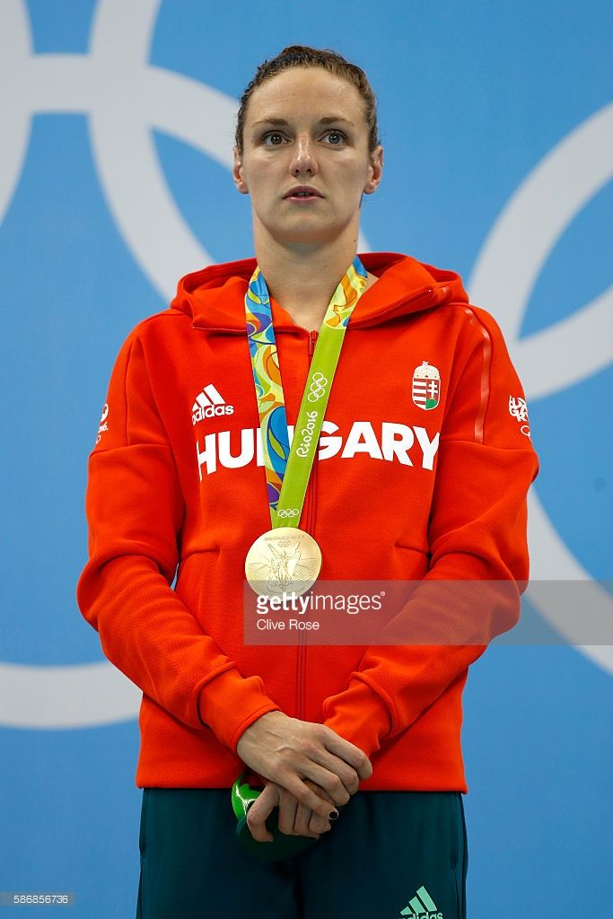 gold-medalist-katinka-hosszu-of-hungary-poses-during-the-medal-for-picture-id586856736 (683×1024)