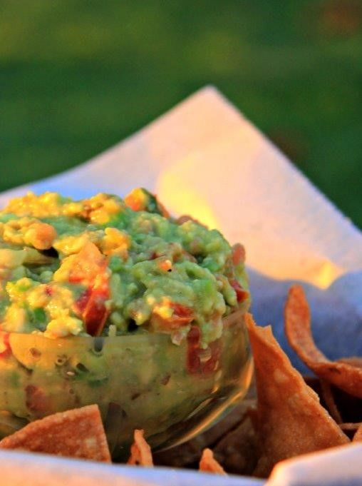 Using healthy and fresh avocados- no preservatives, gluten free and homemade- 10 minutes to prepare  How to Make Simple and Healthy Guacamole https://www.compassandfork.com/recipe/how-to-make-simple-and-healthy-guacamole/