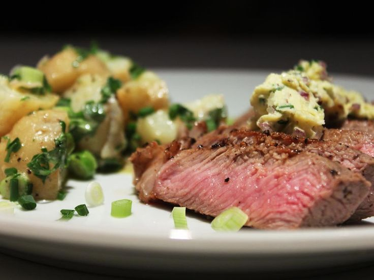 Steak+with+Garlic+Chive+Butter