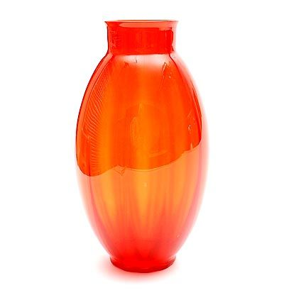 Botterweg Auctions Amsterdam > Red glass vase with vertical optical layers, design A.D.Copier 1928, executed by Glasfabriek Leerdam / the Netherlands