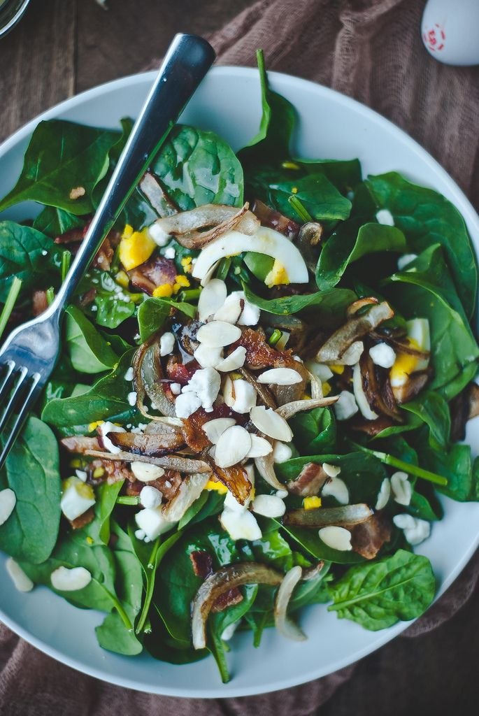 Spinach Salad with Warm Bacon & Honey Mustard Dressing by tworedbowls #Salad #Spinach #Bacon #Honey_Mustard