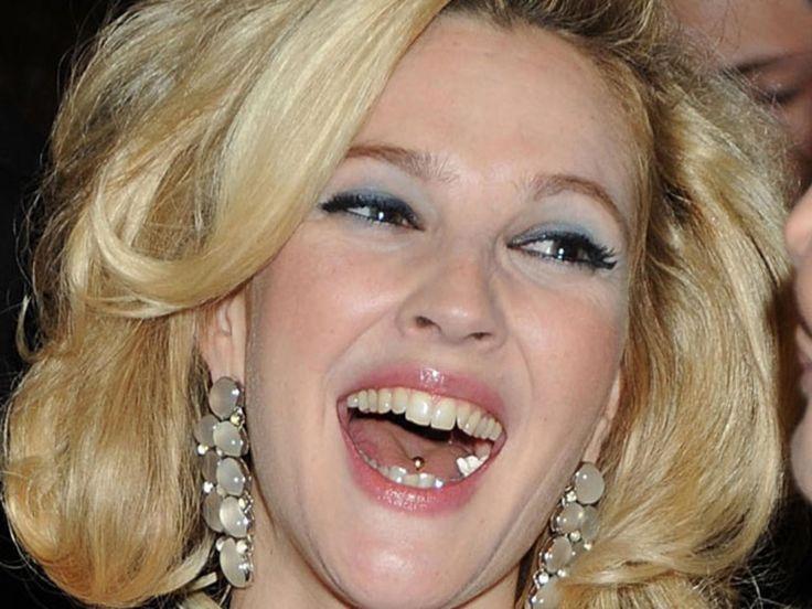 Drew-Barrymore-Tongue-Pierc