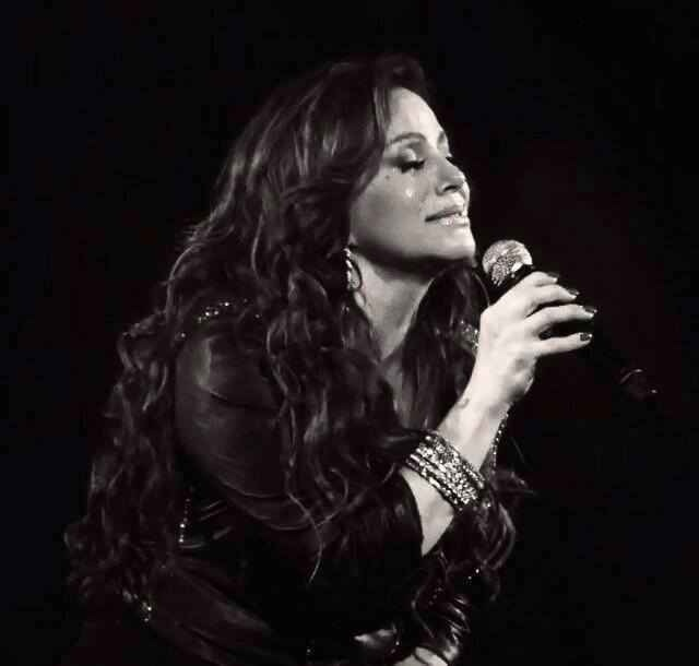 Jenni Rivera amazing performance