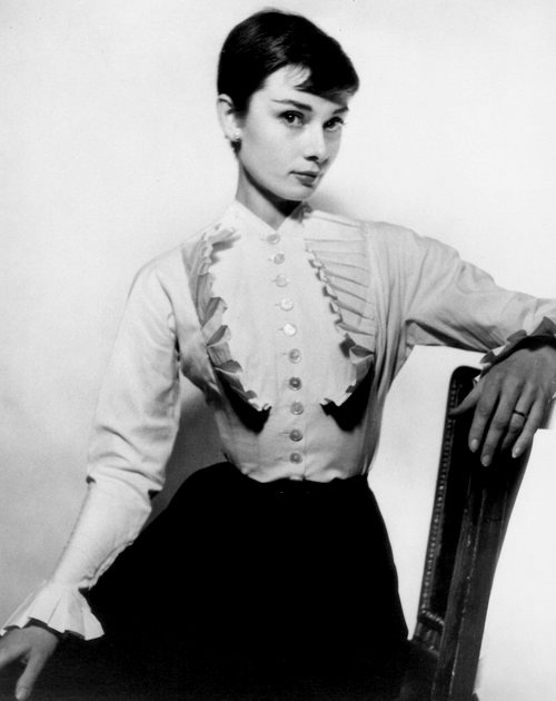 Audrey Hepburn: how I wish I had looked with short hair! Lol