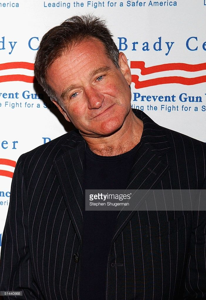 Actor Robin Williams attends the Brady Center to Prevent Violence Benefit at the Beverly Hilton Hotel on October 7, 2004 in Beverly Hills, California.