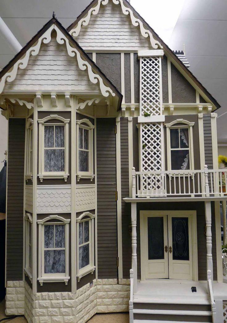 Lawbre dollhouse dollhouses artistic unique for Unique doll houses