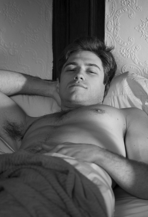 Aaron Tveit... I would not mind waking up to something like that every morning ;)