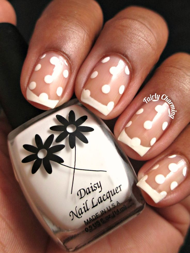 Fairly Charming: Dotted Frenchie nail design, diseno de unas frances con puntitos